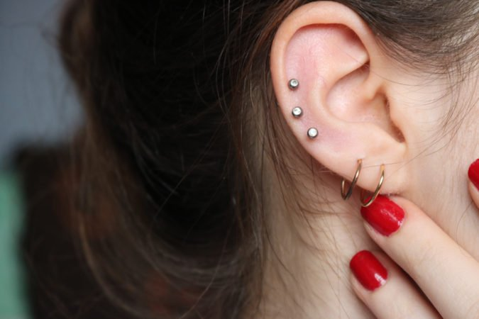 Mom Says She Won T Pierce Her Daughter S Ears Until She Gives Consent