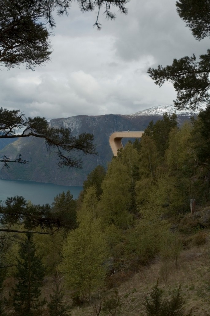 Aurland Look Out - 01