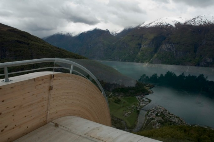 Aurland Look Out - 04