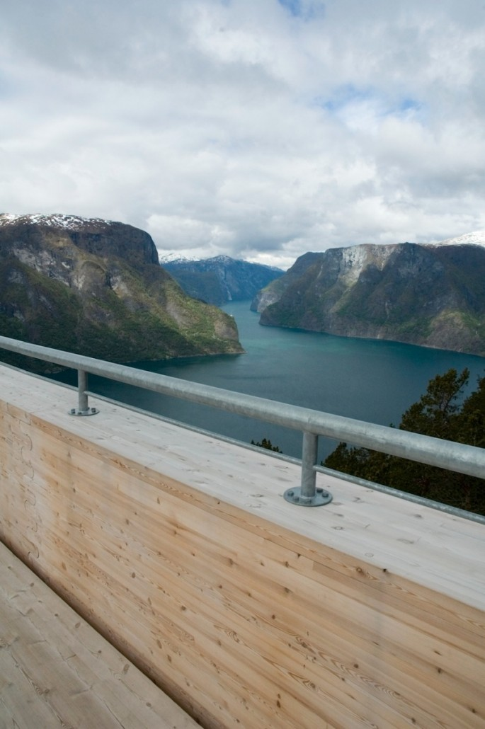 Aurland Look Out - 07