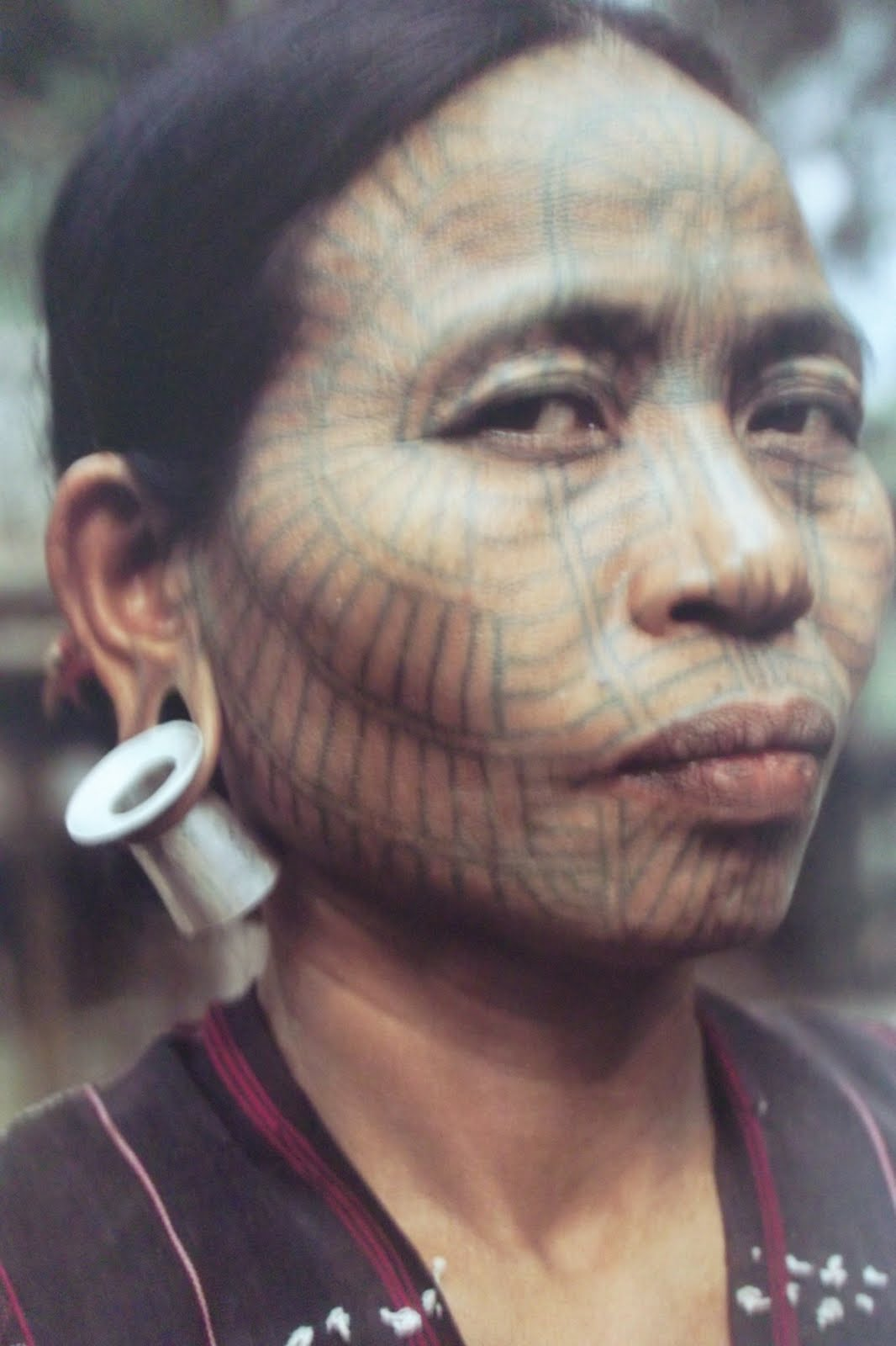 Cringiest Makeup Tutorials Of All Time: These Tribes Had A Very Good Reason To Tattoo Their