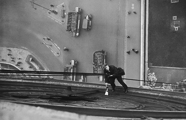 High-flying cleaners - Big Ben - 1930