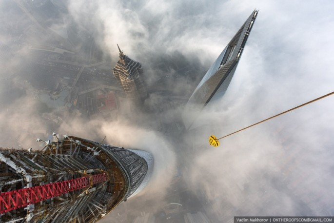 On the Roofs - Shanghai Tower - 01