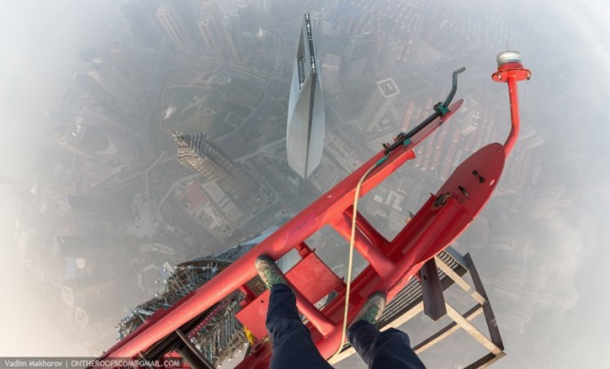 On the Roofs - Shanghai Tower - 08