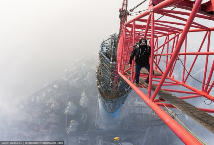 On the Roofs - Shanghai Tower - 09