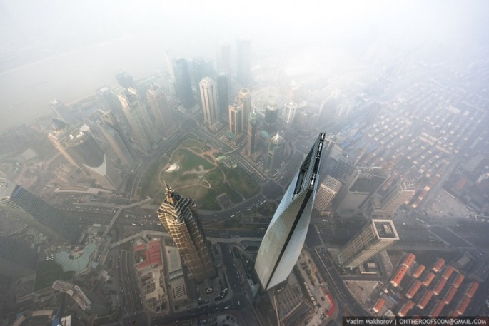 On the Roofs - Shanghai Tower - 11