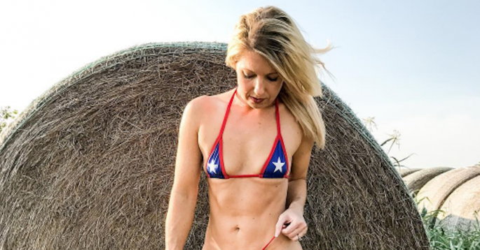 Texas Mom Turned Model Stuns the Internet With Her Post ...