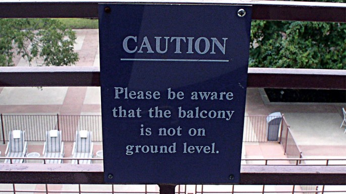 Signspotting Around the World: Funny Fails