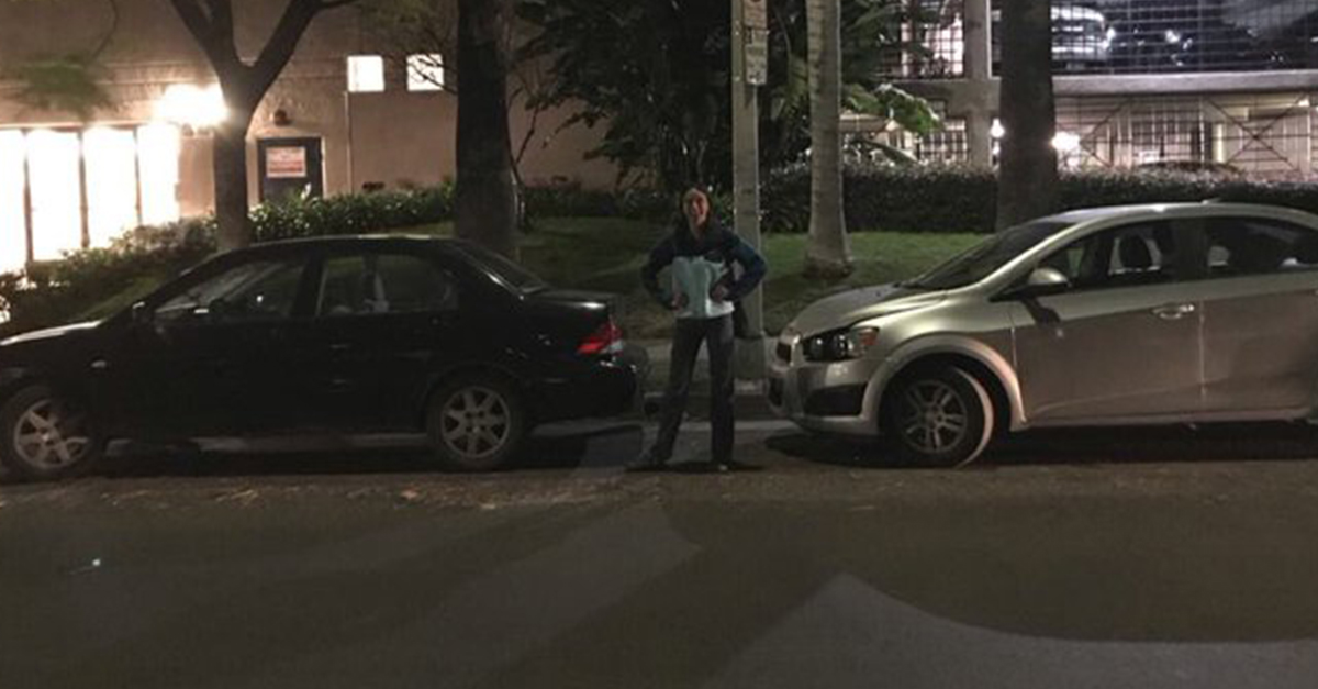 ce0f9714348 This Viral Twitter Thread About Two Cars Trying to Park in LA Will  Infuriate You