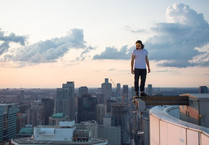 Thrilling Rooftop Photography - 10