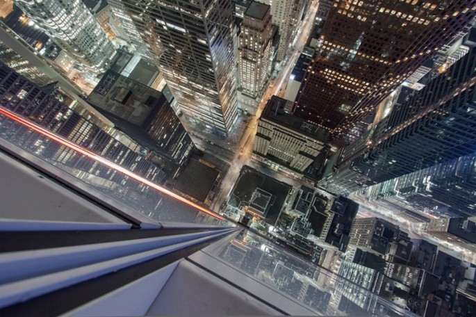 Thrilling Rooftop Photography - 14