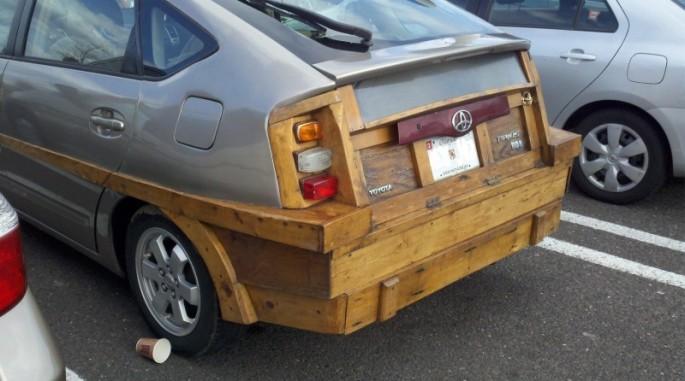 Wooden Prius - 01