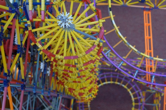 World's Larges Knex Machine - 05