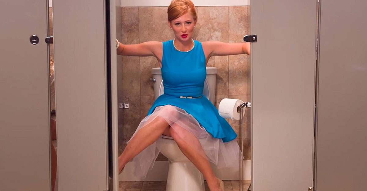 скрытое фото писек туалете смотреть фото 6
